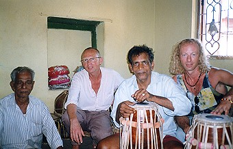 ...with my Pakhawaj - builder, his father and Christoph Denstedt